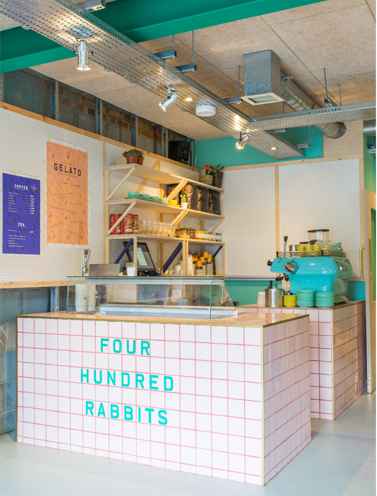 400-rabbits-pizza-restaurant-london-4