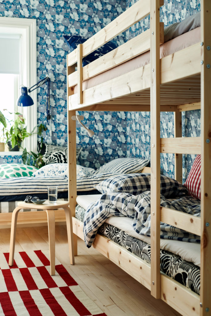 bunk beds with floral wallpaper